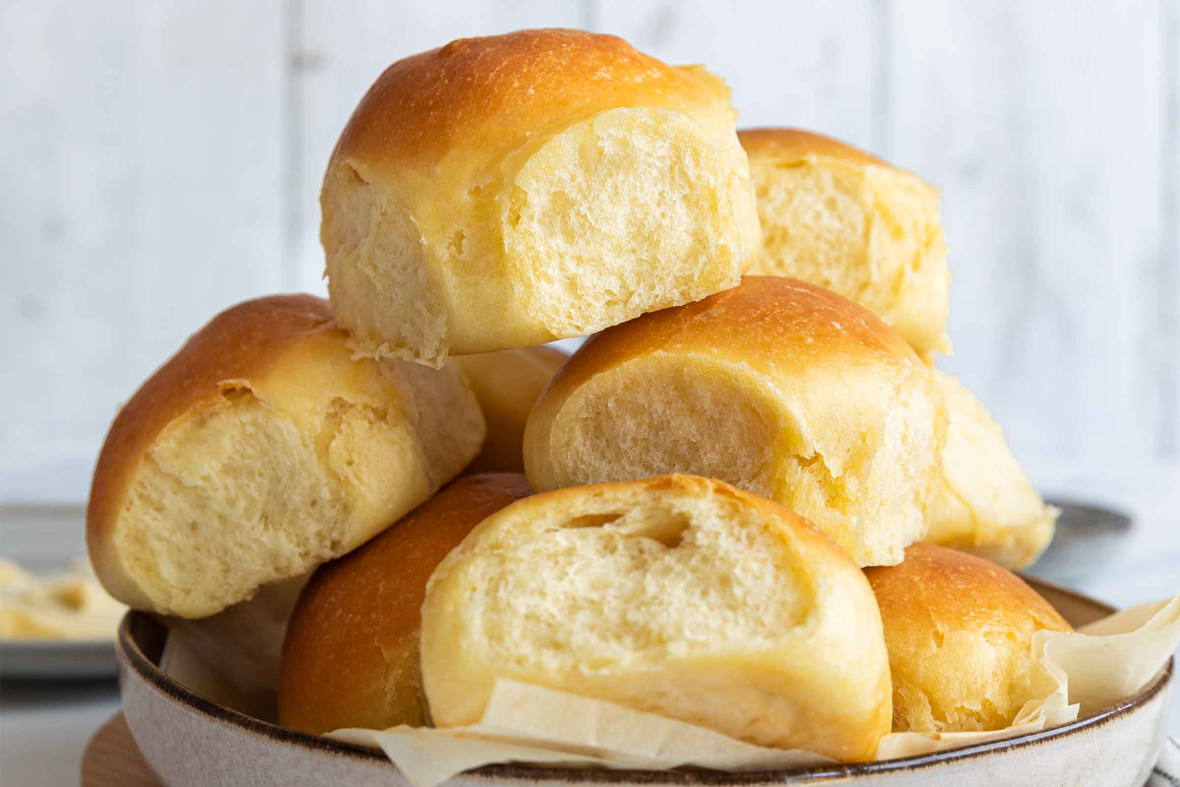 Soft Dinner Rolls With Video Jernej Kitchen
