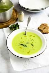 Kremna špargljeva juha (veganska)