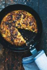 Rösti (potato and zucchini fritters) served in a pan