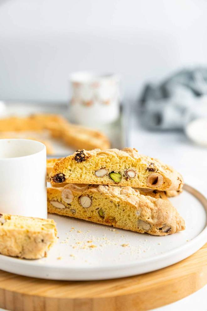 Biscotti with Raisins and Nuts