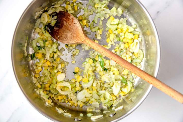 Making Vegetarian Minestrone Soup with Pasta at home