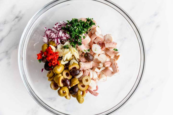 Hobotnica v solati -  priprava in recept