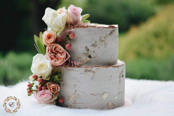 Our intimate spring wedding, wedding cake from jernejkitchen.com