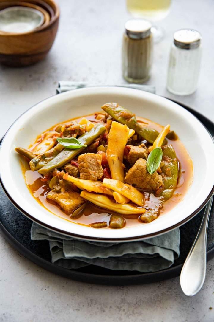 Pork stew or Etli Taze Fasülye