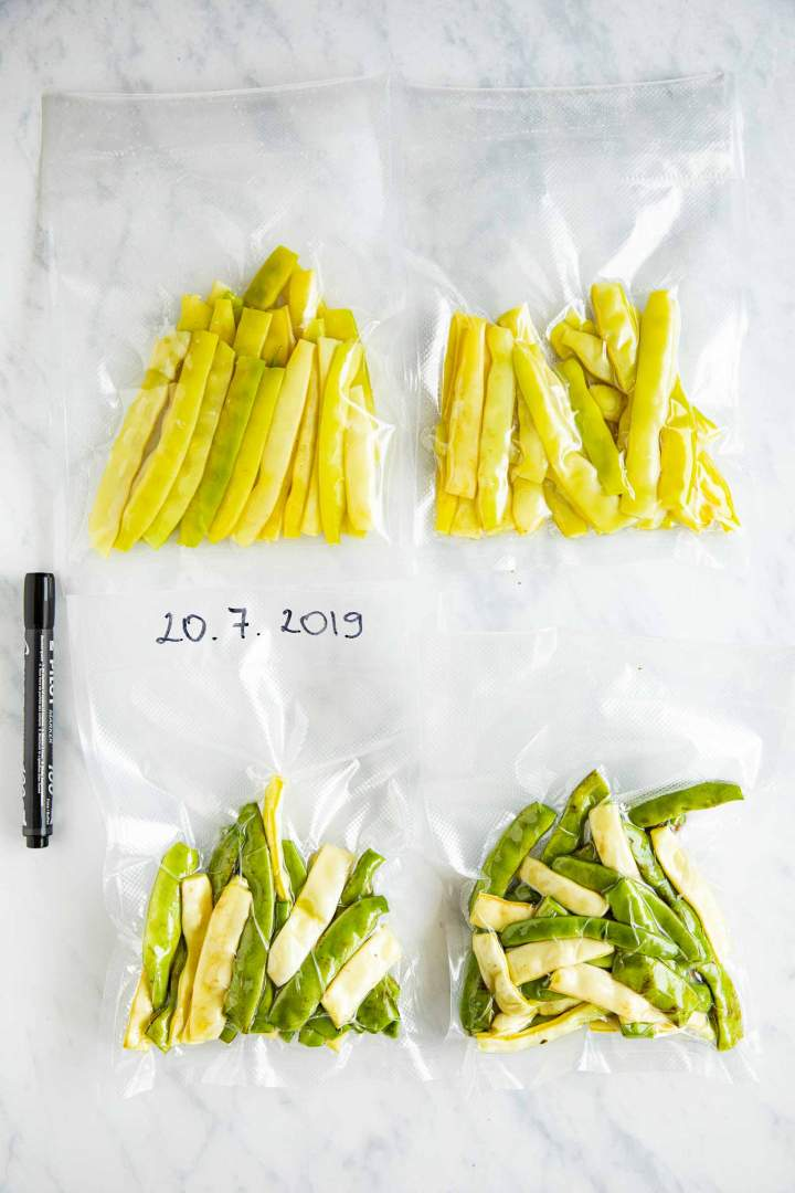 Storing and freezing string beans