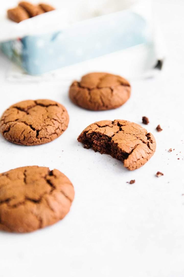 Enostavni čokoladni piškoti
