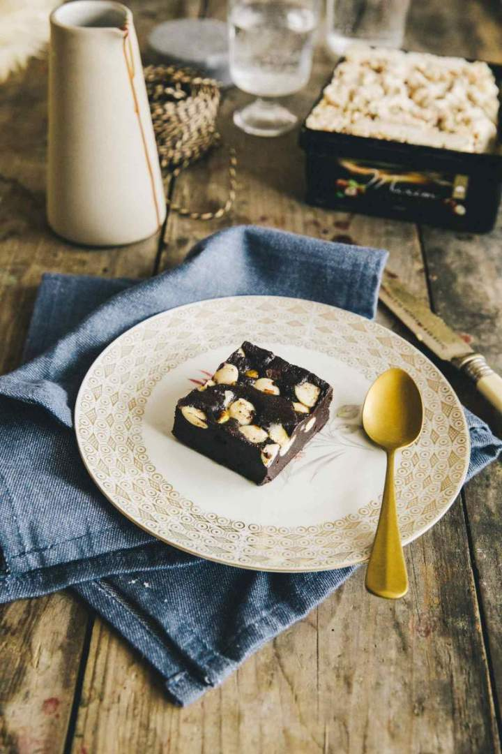 Chocolate brownies with Hazelnut Ice Cream | jernejkitchen.com