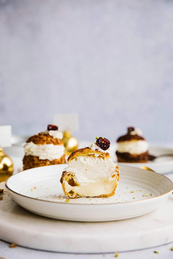 Cream Puffs (Choux au Craquelin) with vanilla cream
