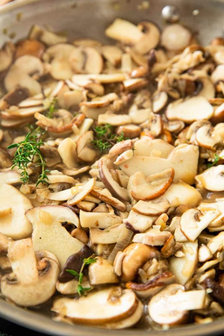 Homemade mushroom sauce recipe