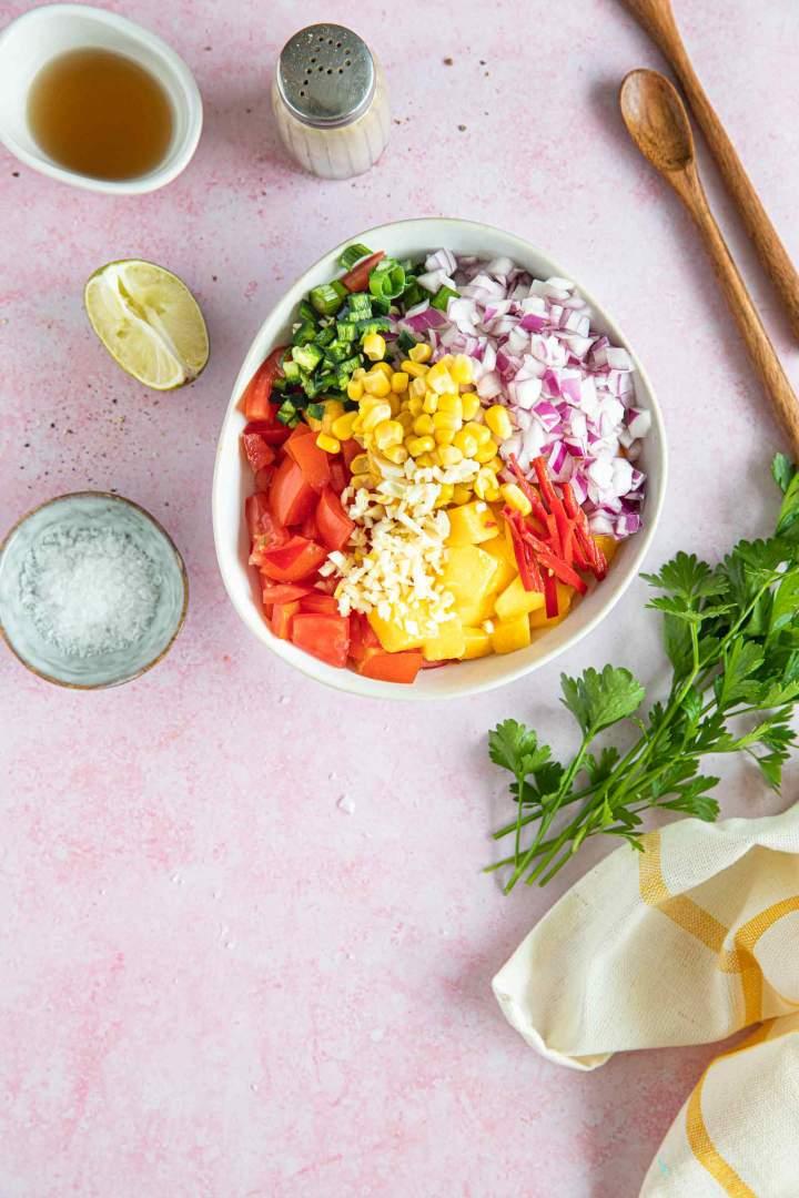 Mango salsa ingredients