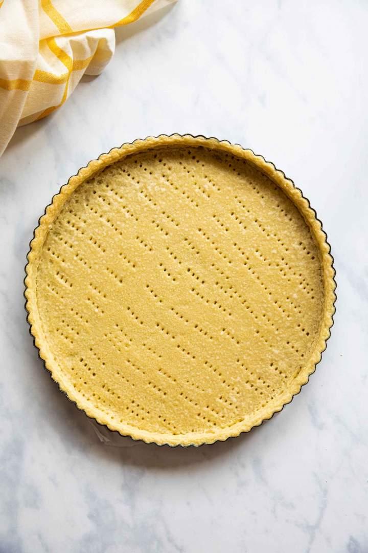 Homemade spelt pie crust