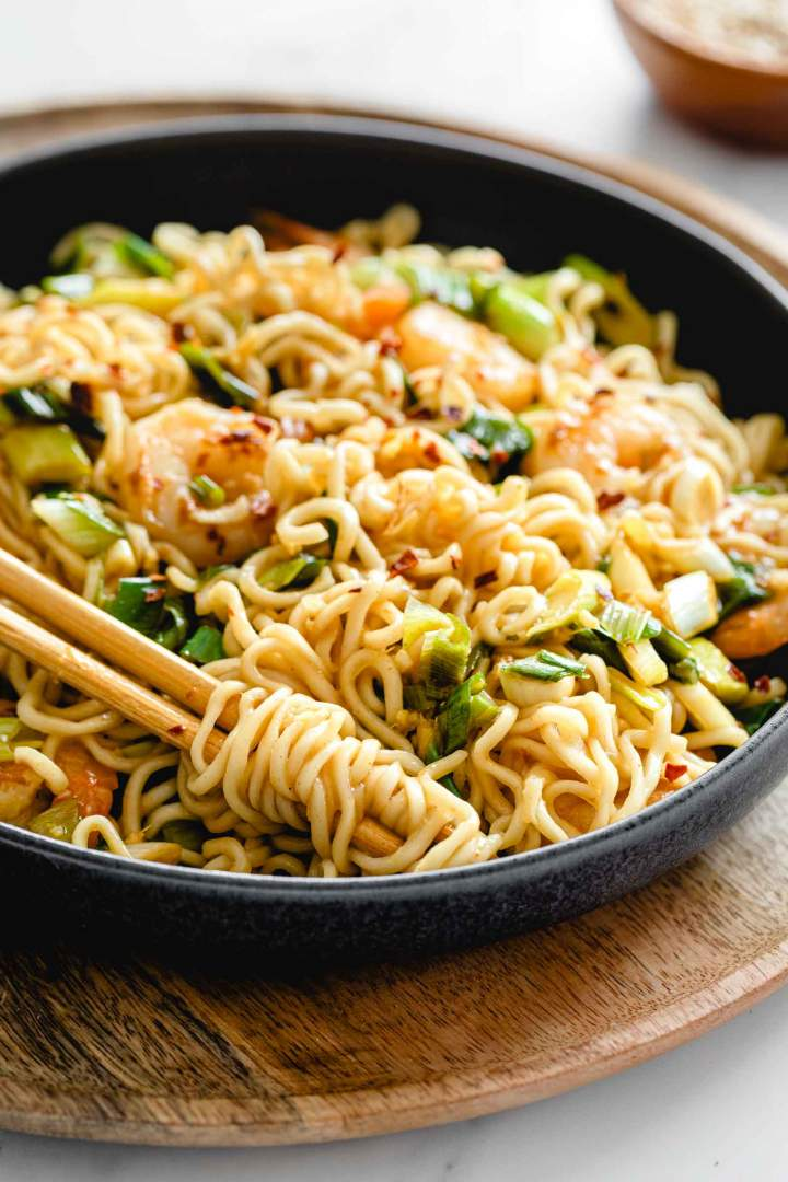 Ginger Scallion Noodles with Shrimp