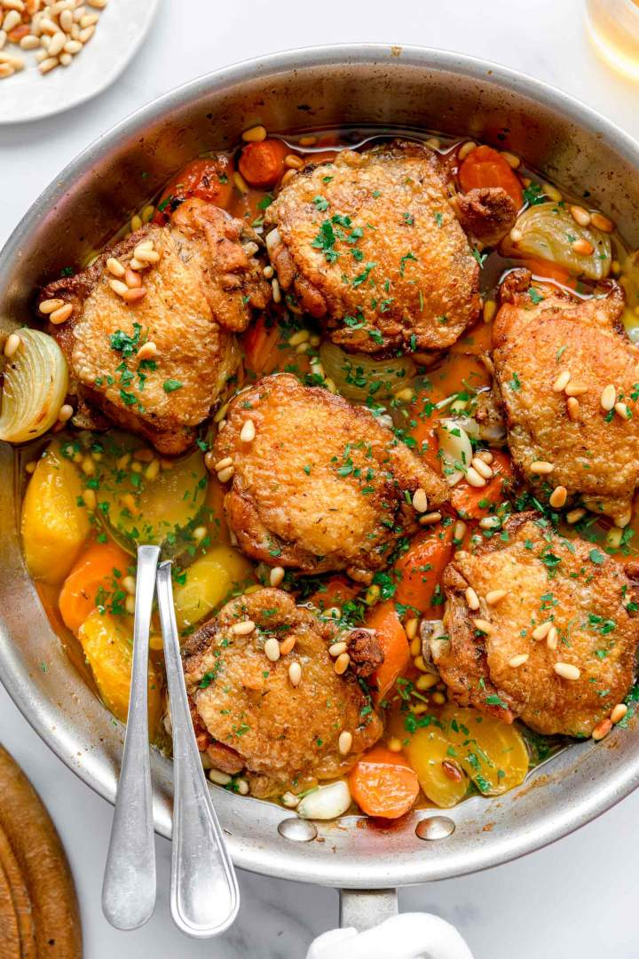 Oven-Baked Chicken Thighs with Carrots