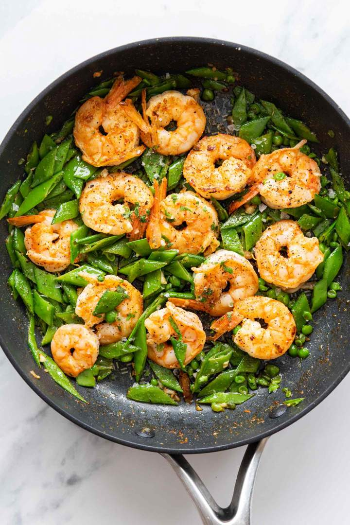 Pan-fried shrimp with snap peas