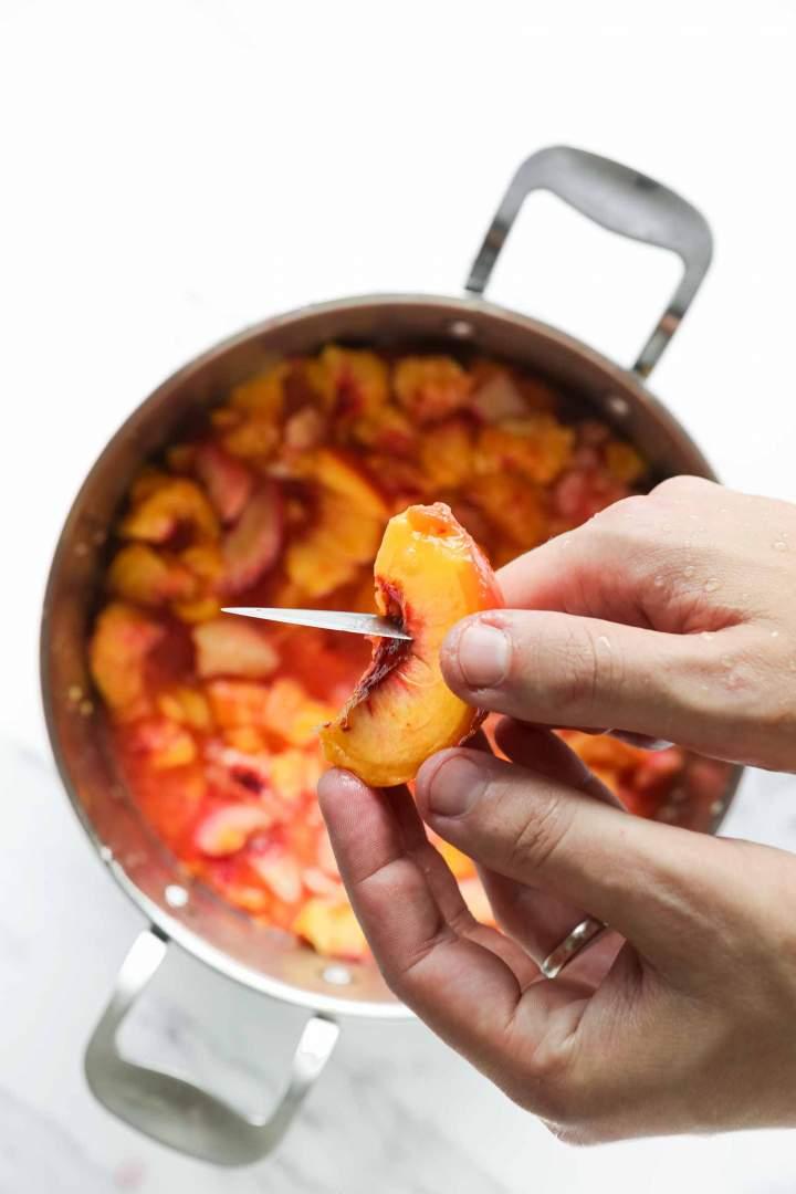 Slicing peaches for Peach Jam