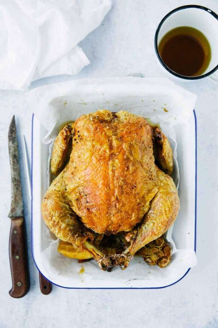 Hrustljav pečen piščanec v pečici