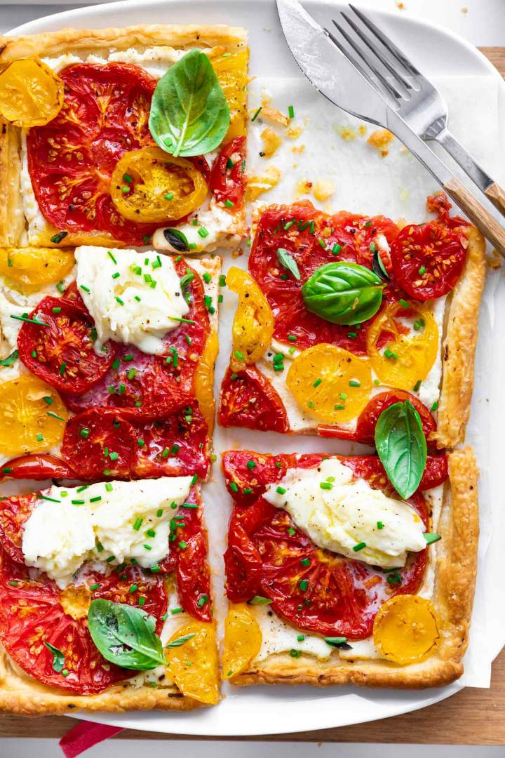 Puff Pastry Tomato Tart with Mozzarella recipe