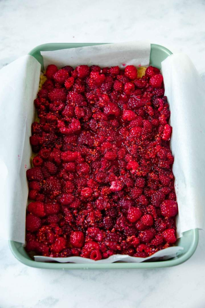 macerated raspberries for rapsberry crumble bars