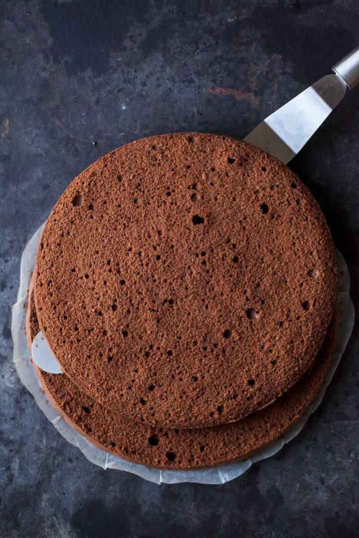 Pečen biskvit za Sacher torto