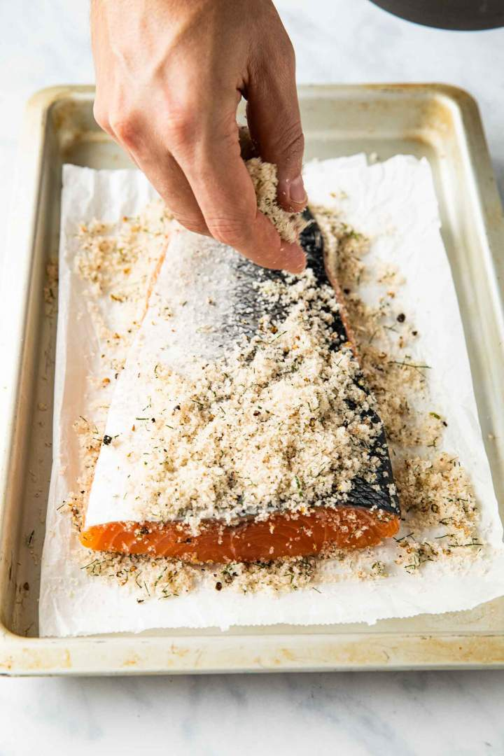 Salmon cured in salt and sugar