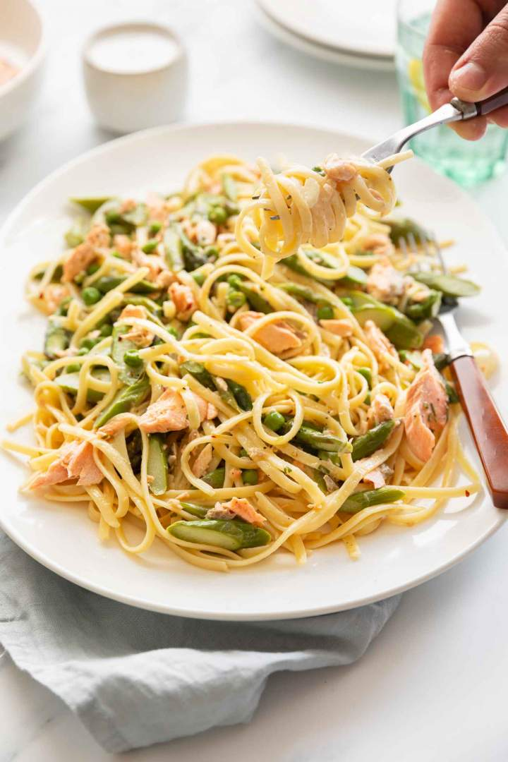 Salmon Pasta with Asparagus