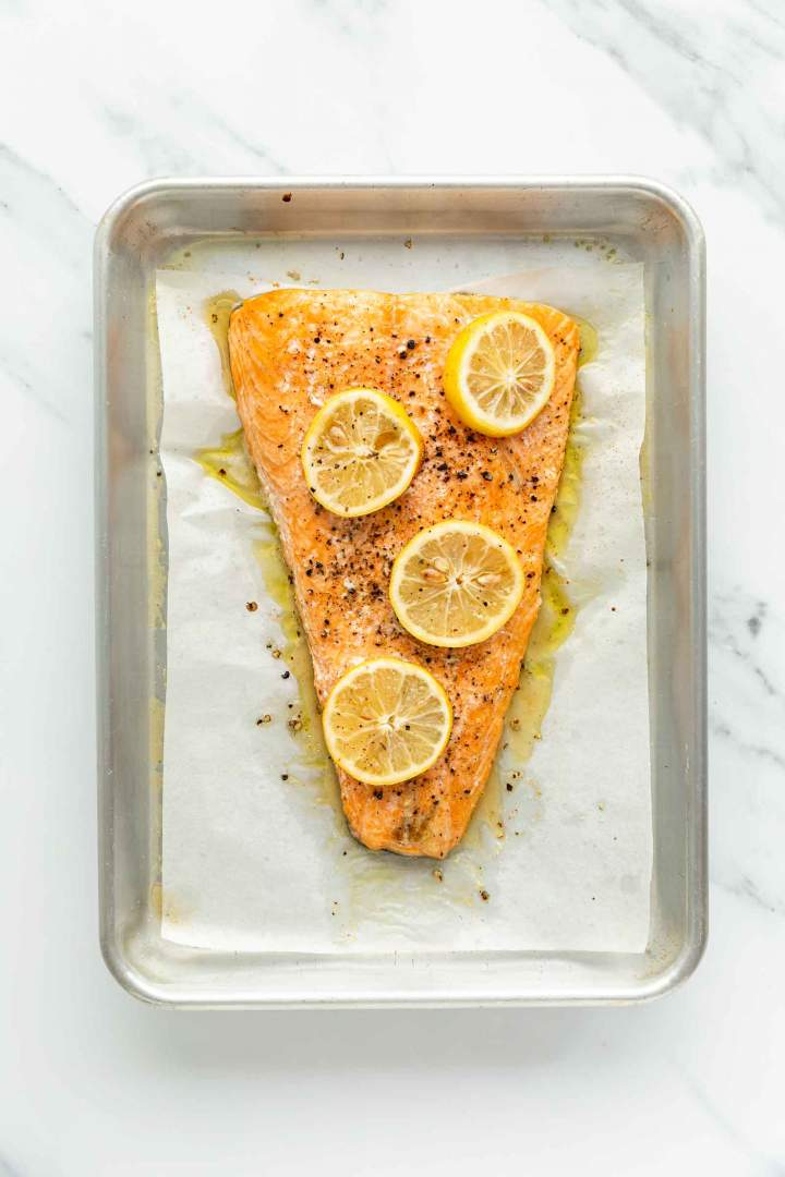Simple Oven Baked Salmon with Lemon