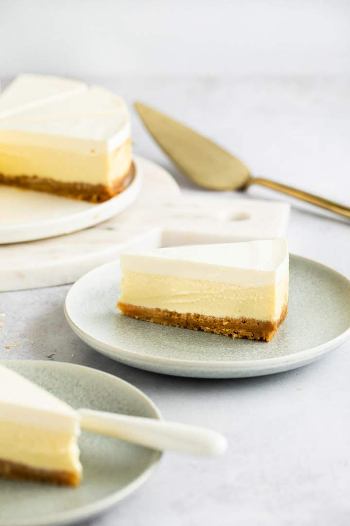 cheesecake recipe with sour cream topping