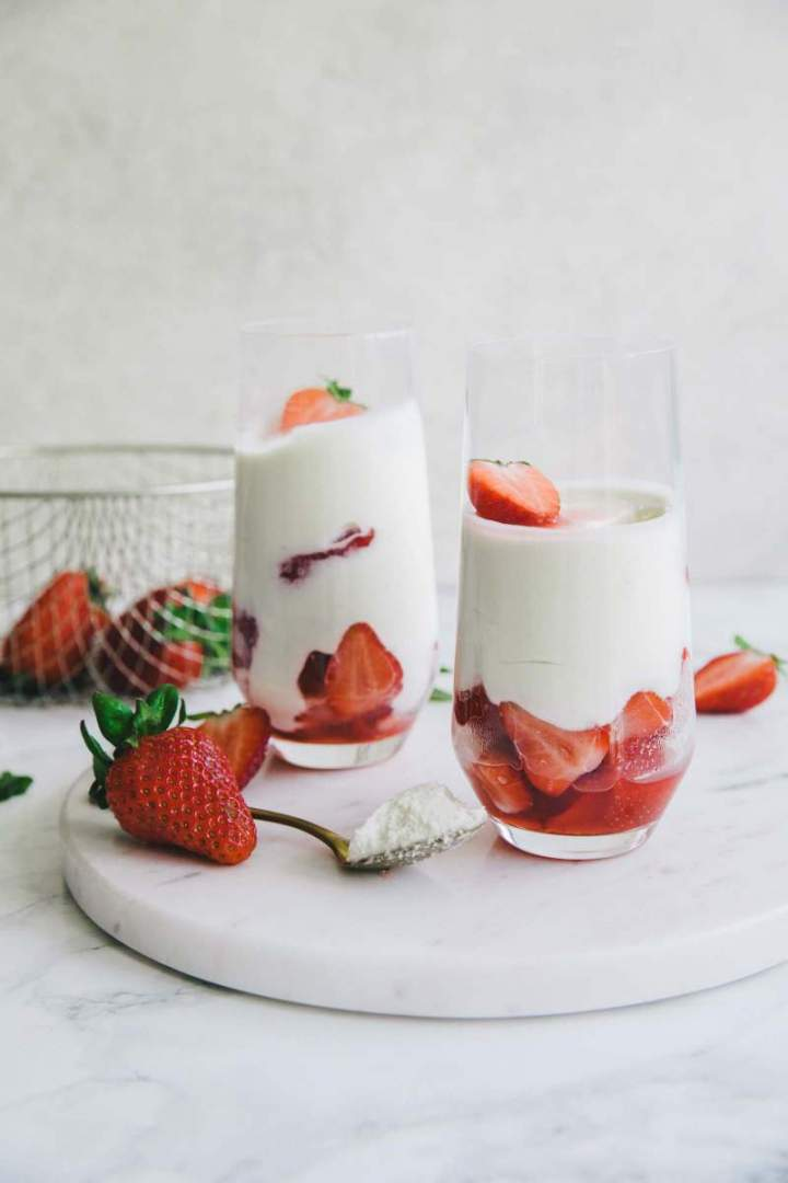 Yogurt Mousse in a glass jar with strawberries